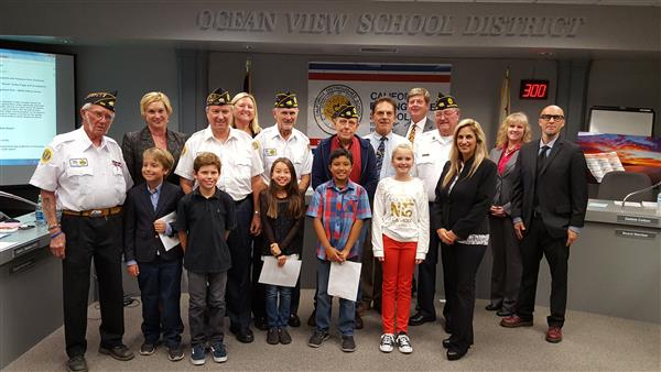American Legion Post 133 Veterans with Board and Harbour View Students